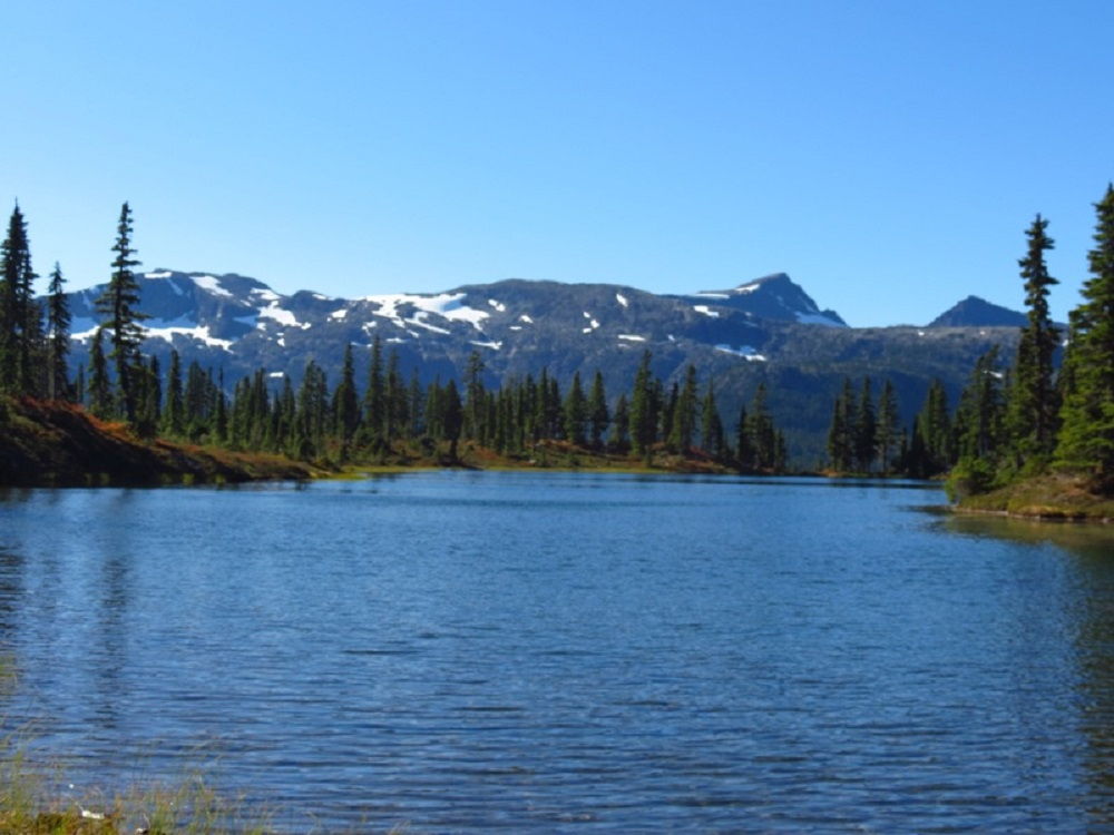 Hairtrigger Lake
