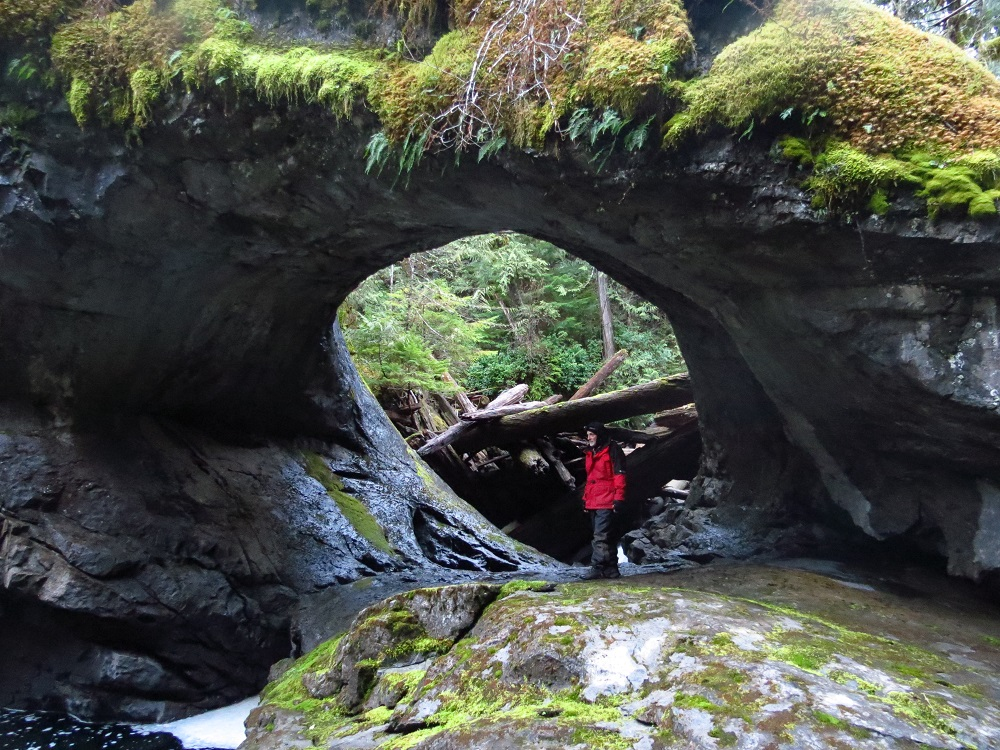 Huson Caves, Caves, Pacific Northwest
