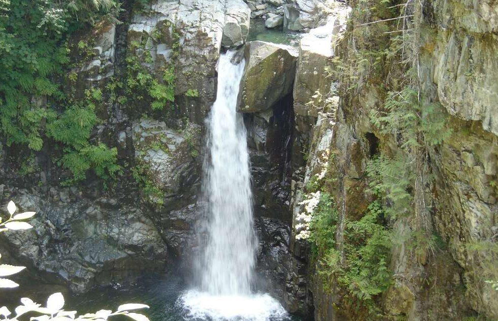 Tlatlos Creek Falls, Vancouver Island, BC